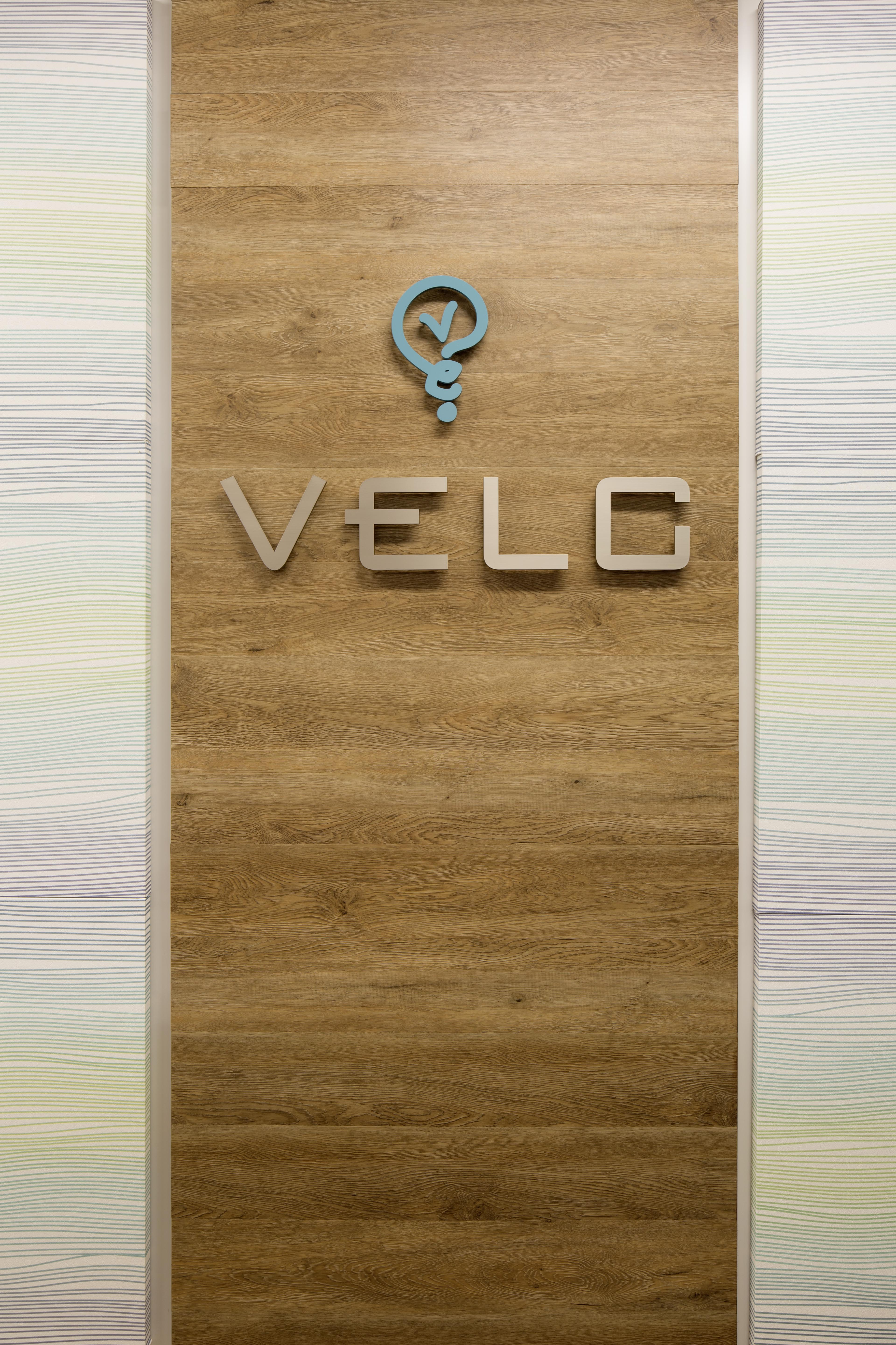 velc_office-001