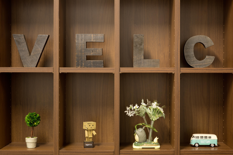 velc_office-005